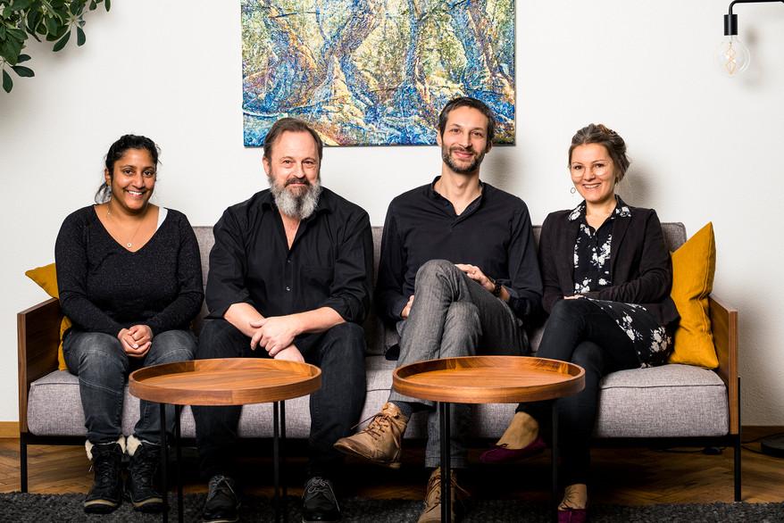Angela Dalla-Valle, Daniel Steiner, Florian Raatz, Denise de Gois [von links nach rechts]