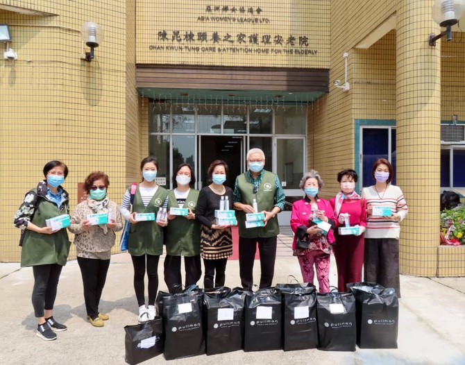 Masks and Hand Sanitizers Distribution in Elderly Home