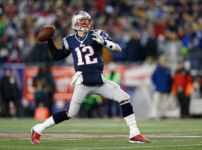 Tom Brady throwing a pass.