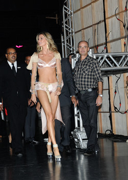 Gisele Bundchen Intimates Fashion