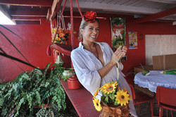 Adriane Gaslisteu visita casa de Dona Ma