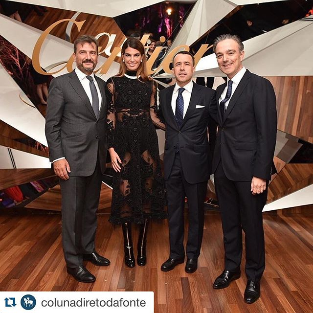 #Repost _colunadiretodafonte with _repostapp._・・・_Estamos no jantar  da _cartier na Casa Jereissati
