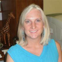Kim Ann Wardlow, Directora de Marketing