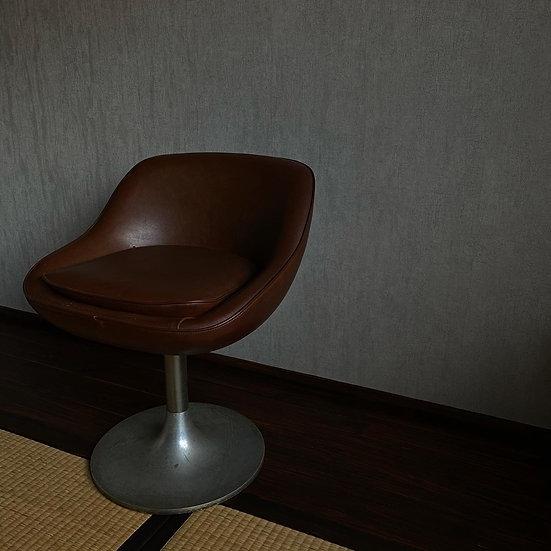 喫茶黒柿椅子