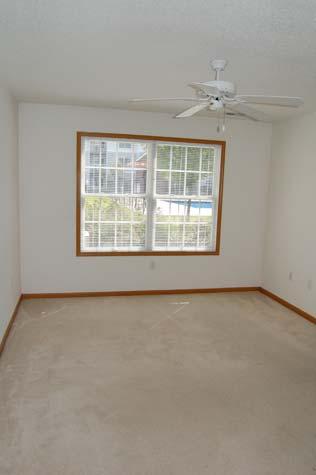 Bedroom, 1 Bedroom Unit