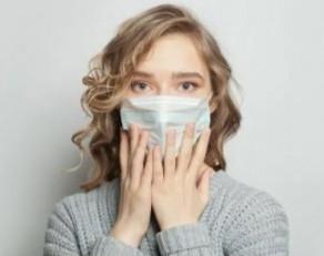 « Masques néfastes pour la santé bucco-dentaire » : les spécialistes démentent la rumeur via l'AFP