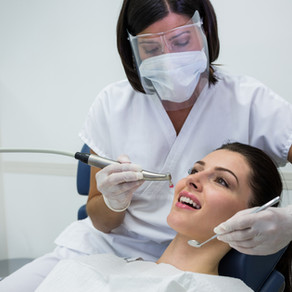 Covid-19 et soins dentaires : aucune trace du SARS-CoV-2 dans la salive en aérosols !