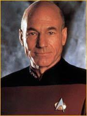 Patrick Stewart alias Jean-Luc Picard - Credits : StarTrekSansFrontiere.org