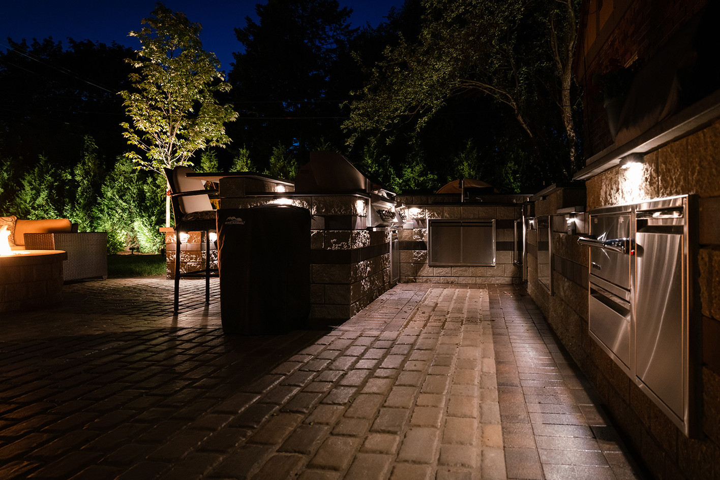Outdoor Kitchen Lights