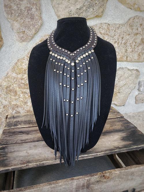 Black Fringes Necklace