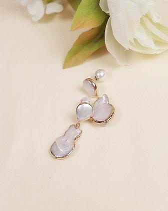 Lanthe pearl earring (18k gold)