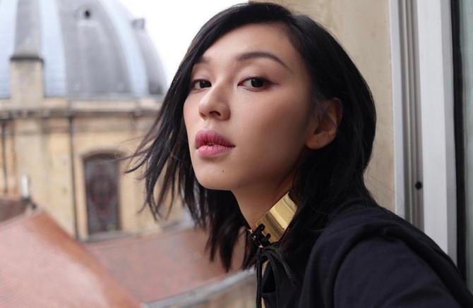 Model Louise Wong in our Rachel Wrap Choker(18K Gold)💖