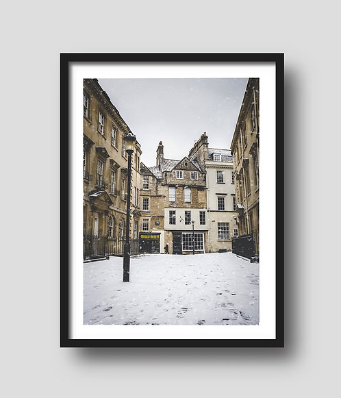 Sally Lunn's In Snow