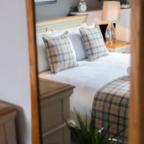 Bedroom Mirror Detail Small.jpg