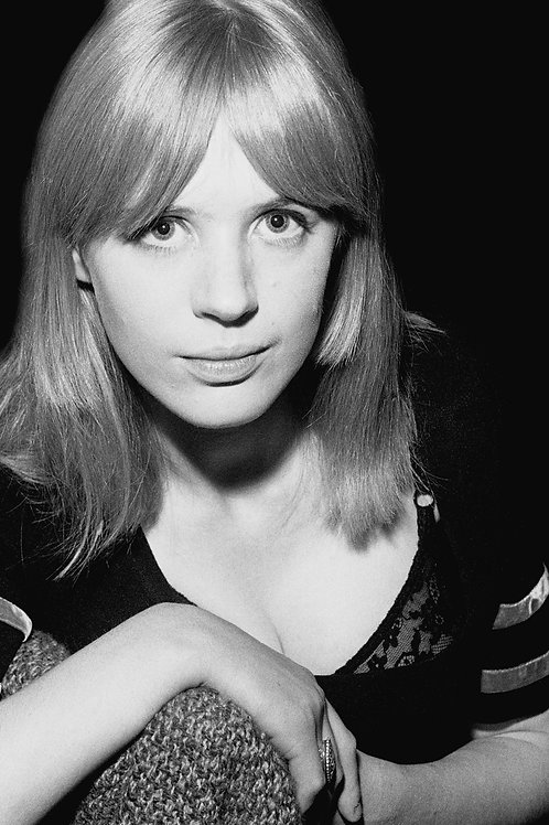 Marianne Faithfull Backstage