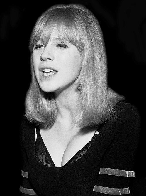 Marianne Faithfull on stage