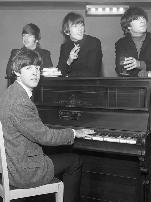 The Beatles - Piano Time