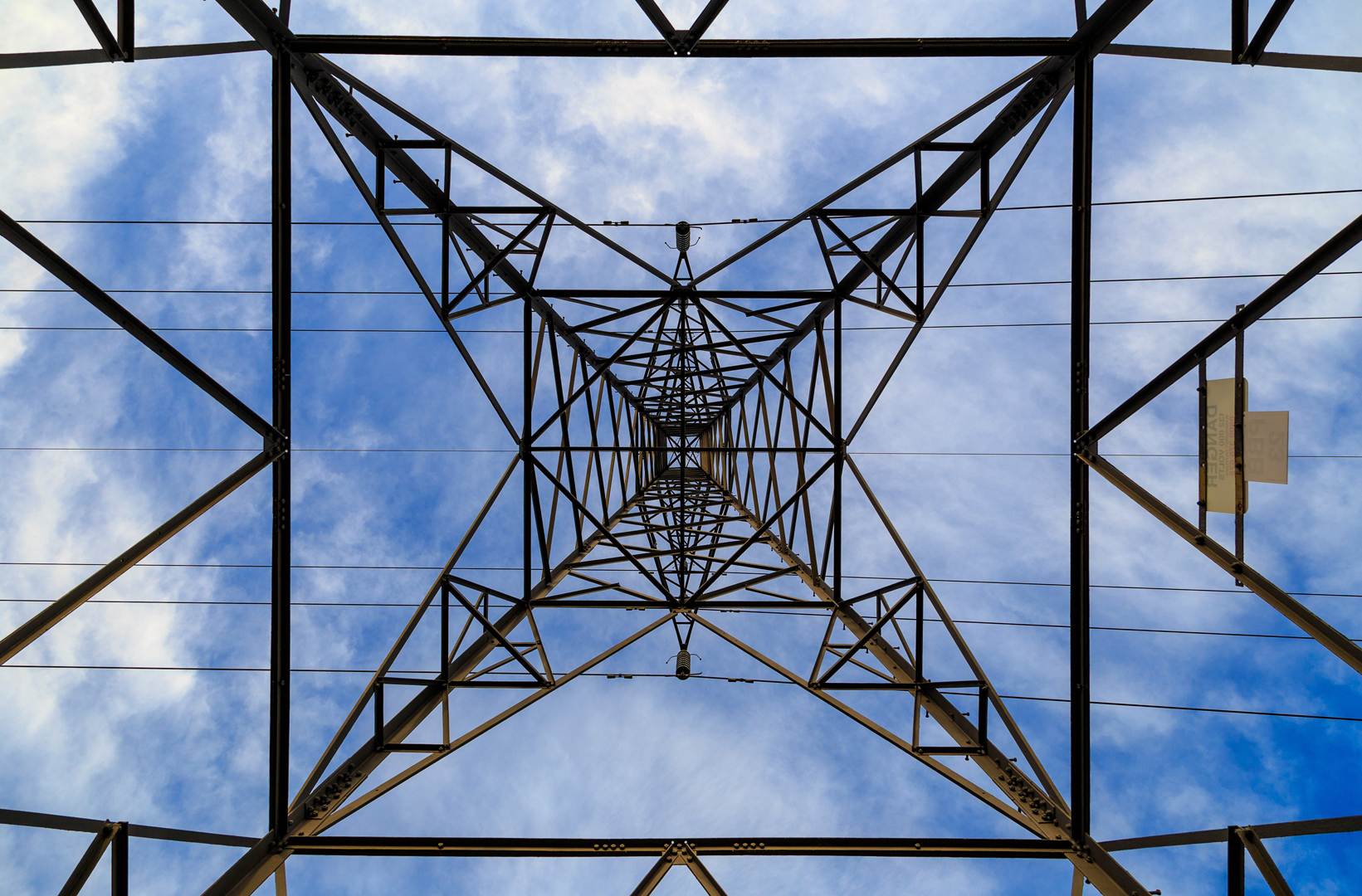 pylon-2515429_FREE_web-2