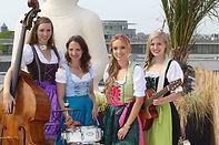 oktoberfestband, ompah-girls, oktoberfest musik, frauenband, dirndlband