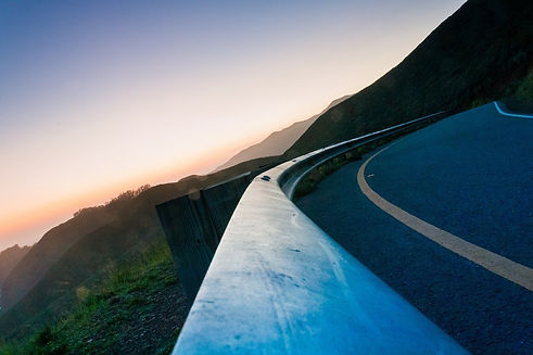 road-569335_1280.jpg