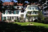 HotelFront_StyleWeb.jpg