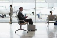сидя в аэропорту