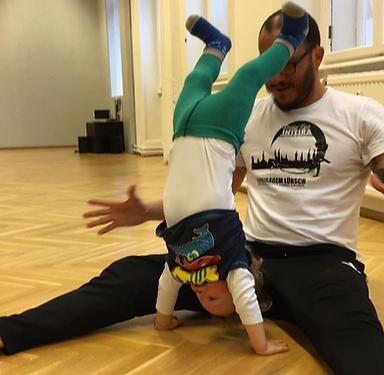 Capoeira Training Eltern und Kinder