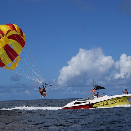 Nouveau dans les îles de Guadeloupe : le parachute ascensionnel