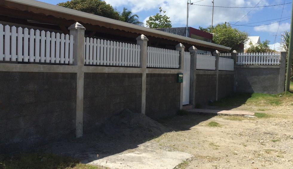 Travaux d'un mur de clôture en Guadeloupe - Photo 5
