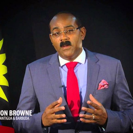Gaston Browne, Premier ministre Antigue/Barbude