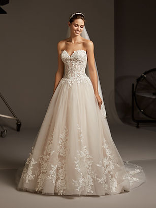 MAIA Robes de mariées Pronovias - Mariage Wedding - Jarry Guadeloupe