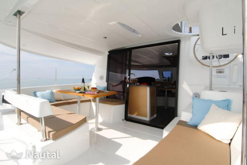 Catamaran-Lipari-41-Antilles-Sail-Guadel