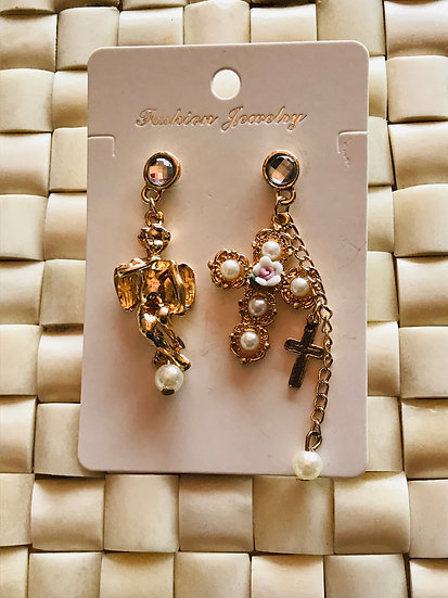 Angel and cross earrings gold