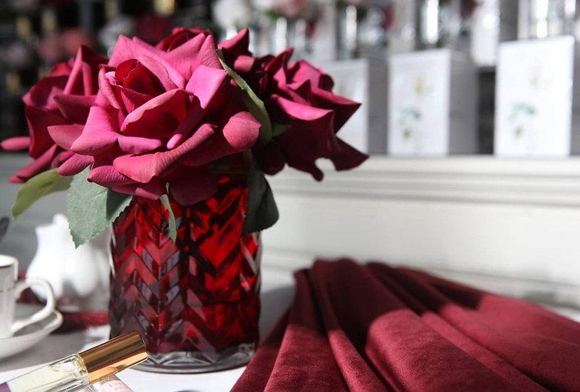 Herringbone Red Premium Red Roses