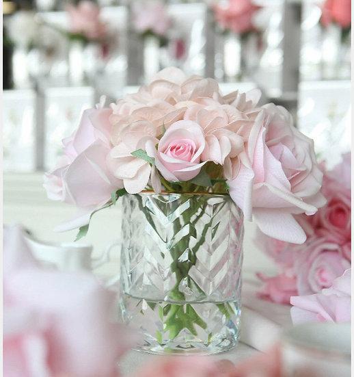 Herringbone vase Roses & Hydrangeas