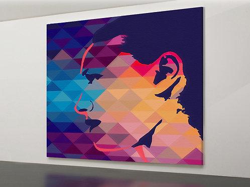 Triangle Print - Frau im Profil