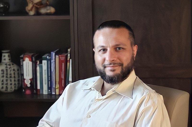 Dr. Alex Melkumian, PhD.