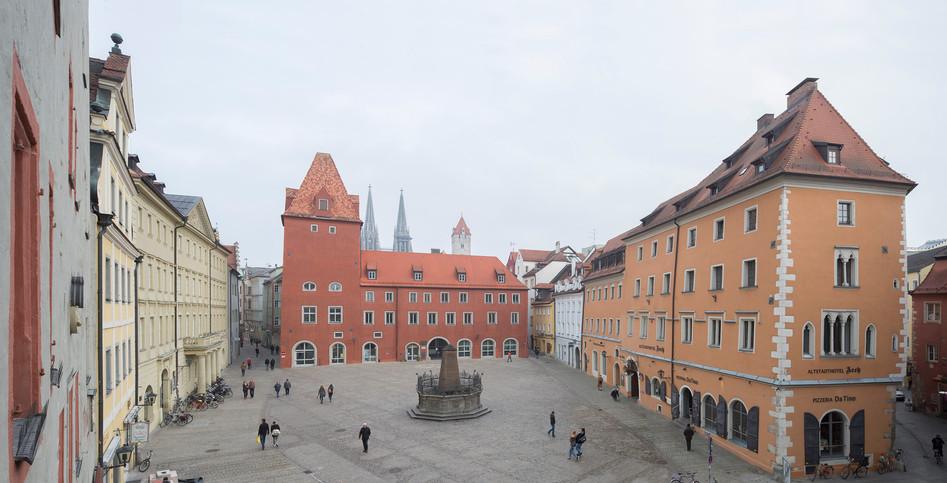 Verwaltungsgericht Regensburg, Staatliches Bauamt