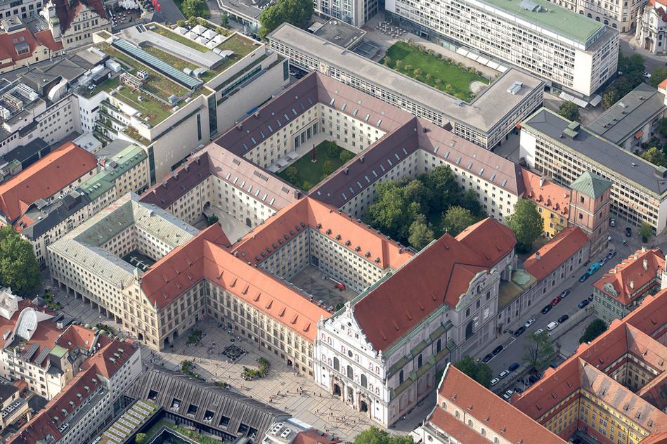 St. Michael, Alte Akademie, München