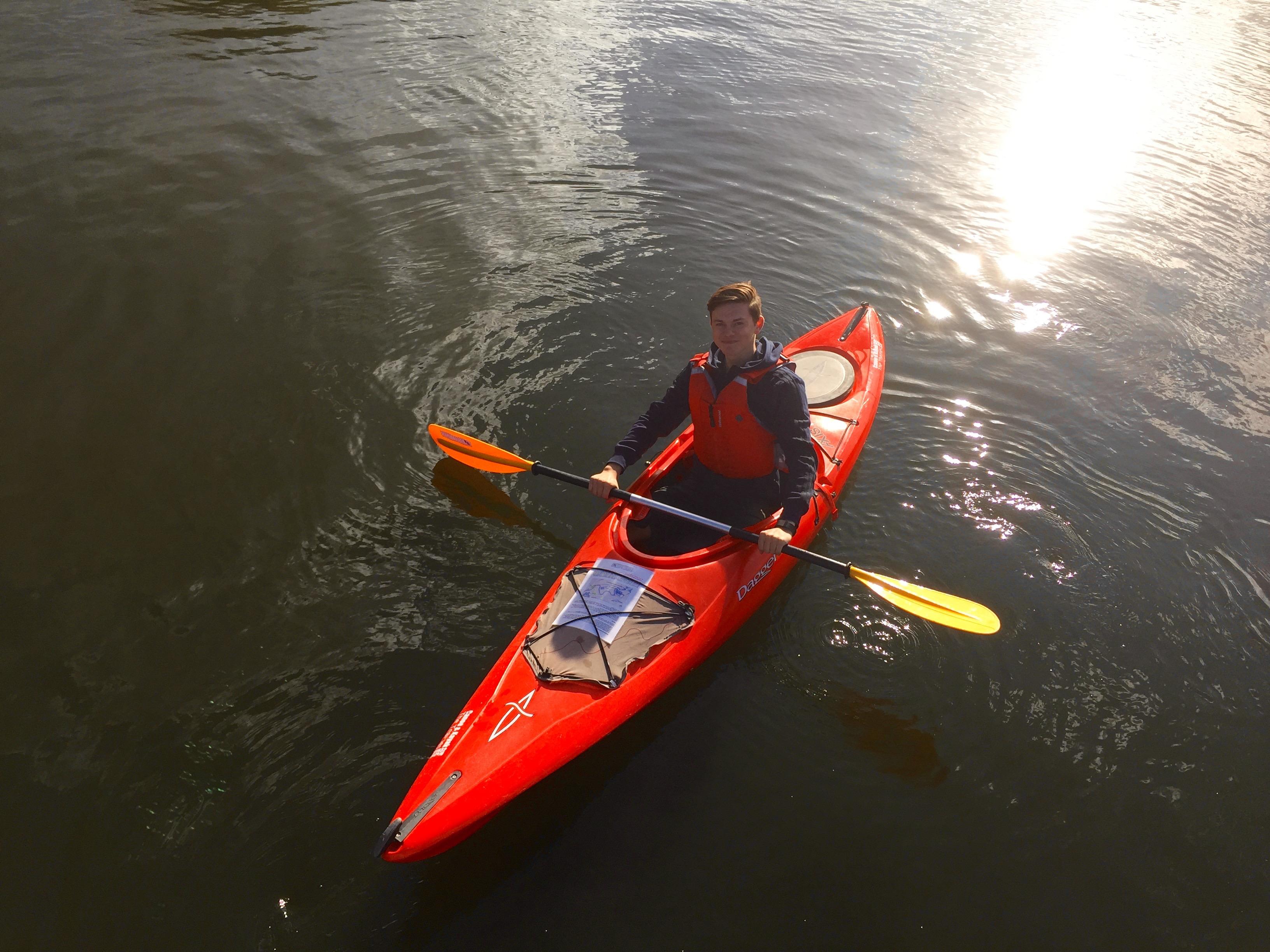 kayak on the thames