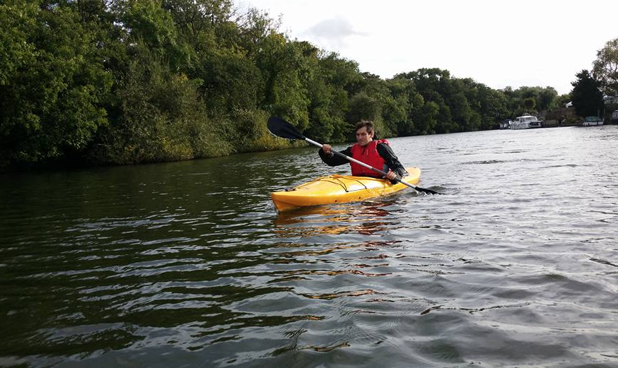 kayak hire on the Thames London
