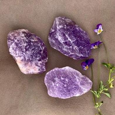 ametist rå, råa stenar och kristaller, öppna dina mediala gåvor, house of indra, kronchakrat