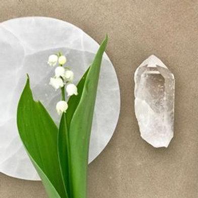 bergskristall, bergskristallspets, house of indra, liljekonvalj, bergkristallen förstärker andra kristaller, energi, healing