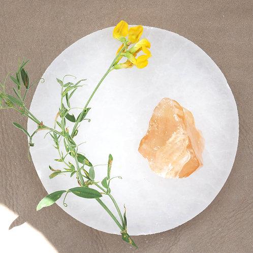 Honungskalciten vill föra in mjukheten, sötman och värmen från honungen in i våra relationer.