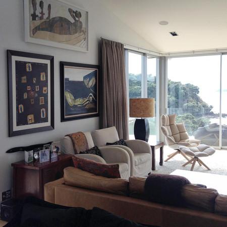 Salon Hang Lounge