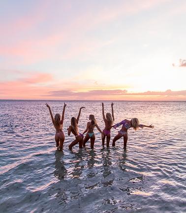 Natalie Roser, Gabby Epstein, Sarah Kohan, Bree Kleintop and Sjana Elise - Fiji