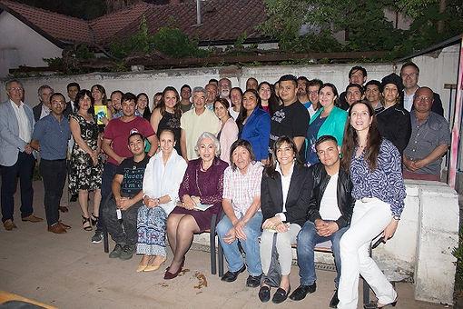grupal invitados cena.JPG