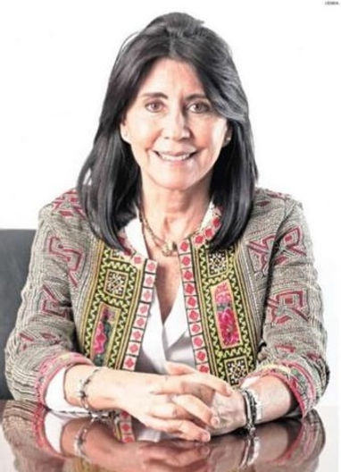 Loreto Leyton - Columna Mujeres Influyen