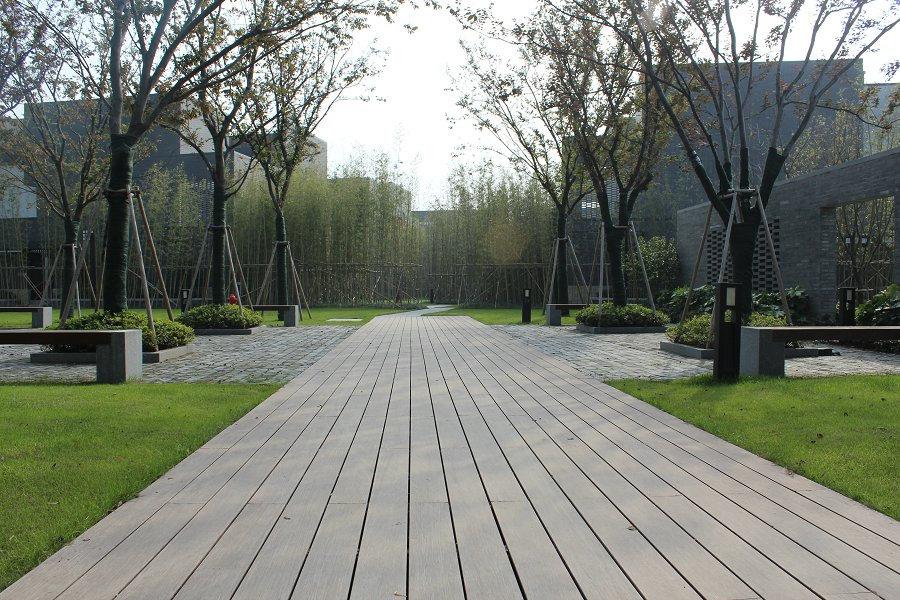 bamboo decking 3.jpg