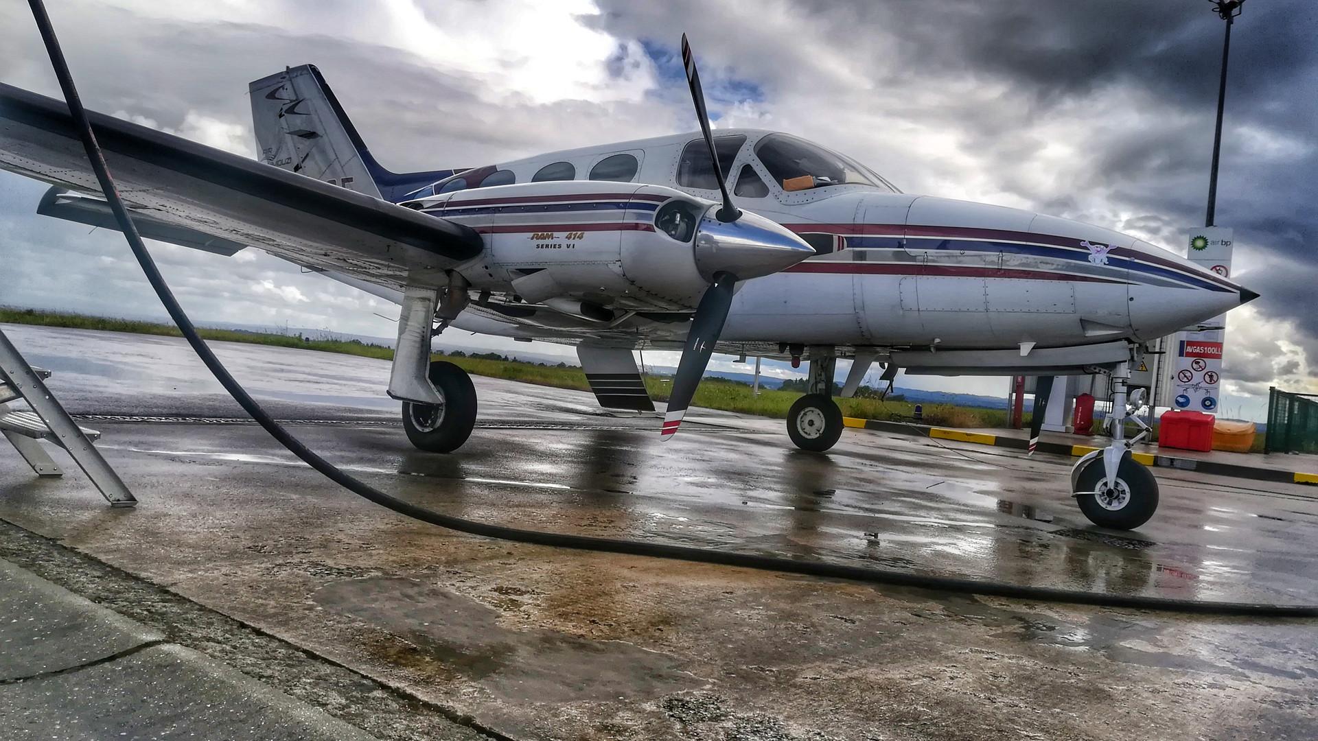 Cessna 414 N141CE